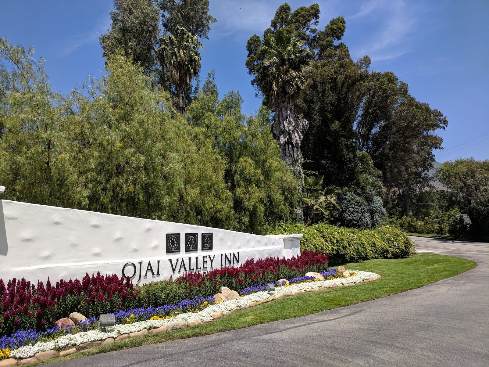 playgroundearth-ojai-valleyinn-gate