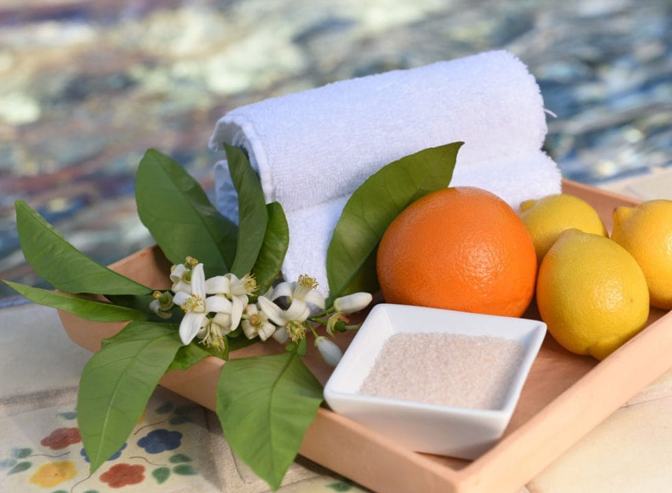 Spa-La-Quinta-Fruit-Salt-Setting