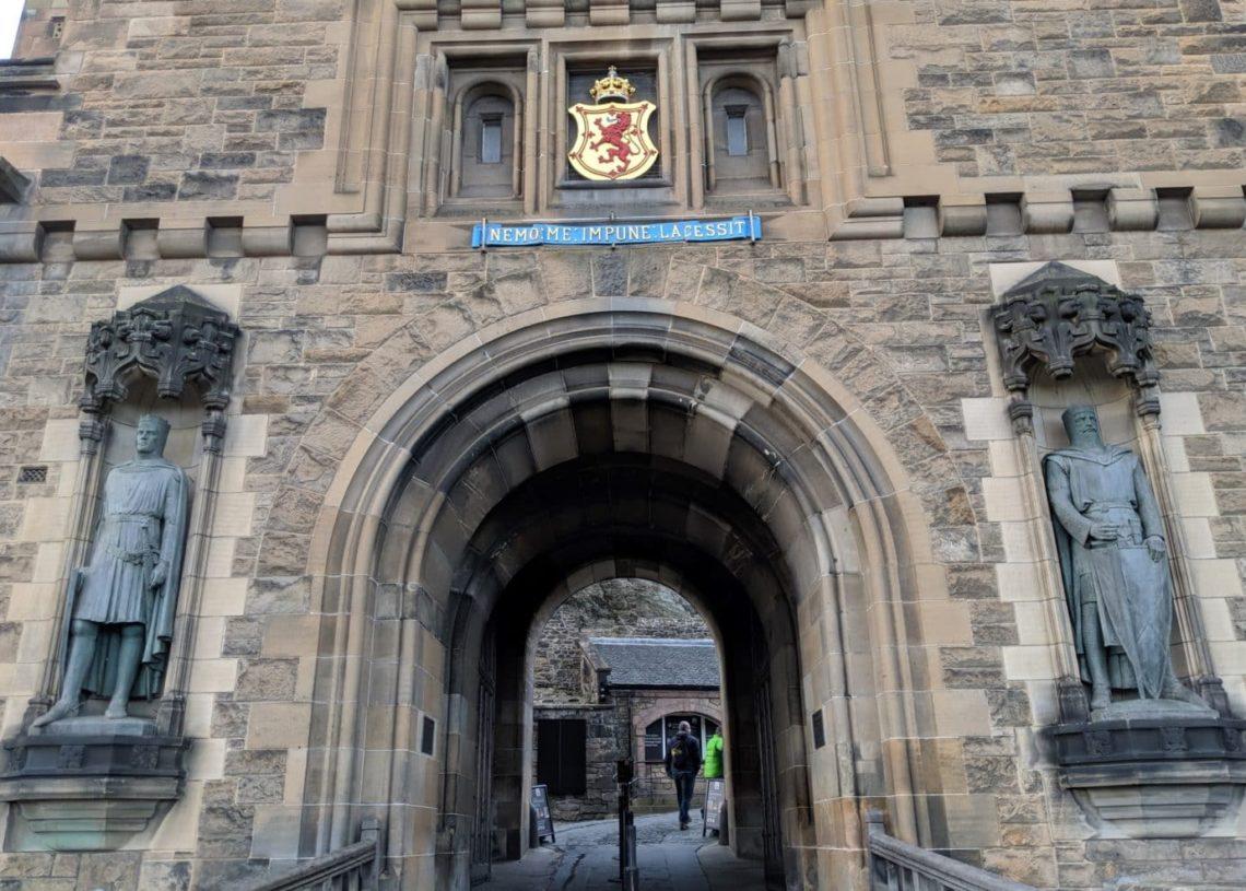 Playground Earth   Edinburgh   Castle Entrance