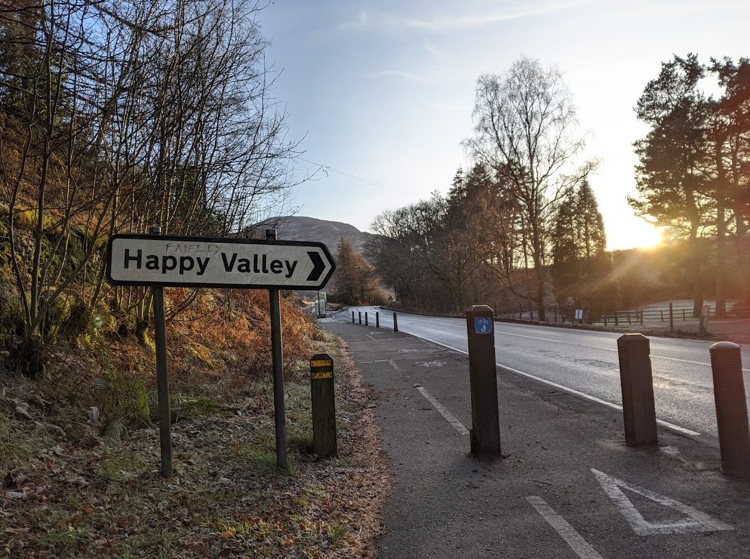 Playground Earth | Hiking Story | Happy Valley Sign