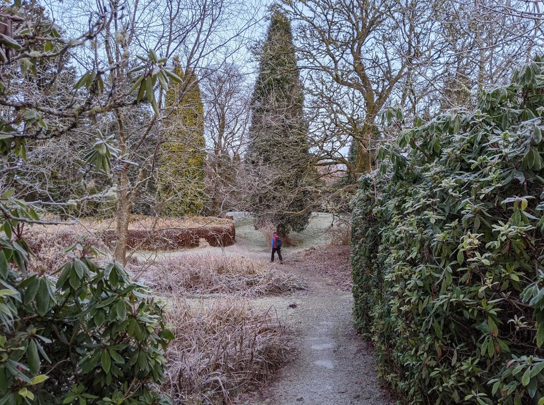 Playground Earth | Hiking Story | Inverlochy Castle Grounds