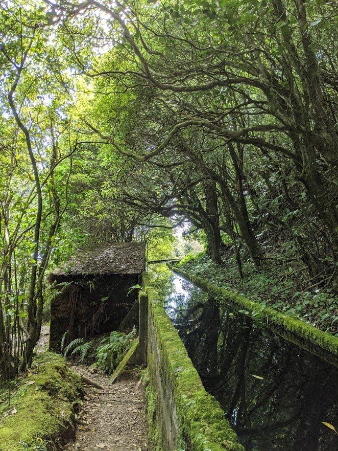 Playground Earth | Lagoa do Fogo Aqueduct | Lagoa do Fogo Hike