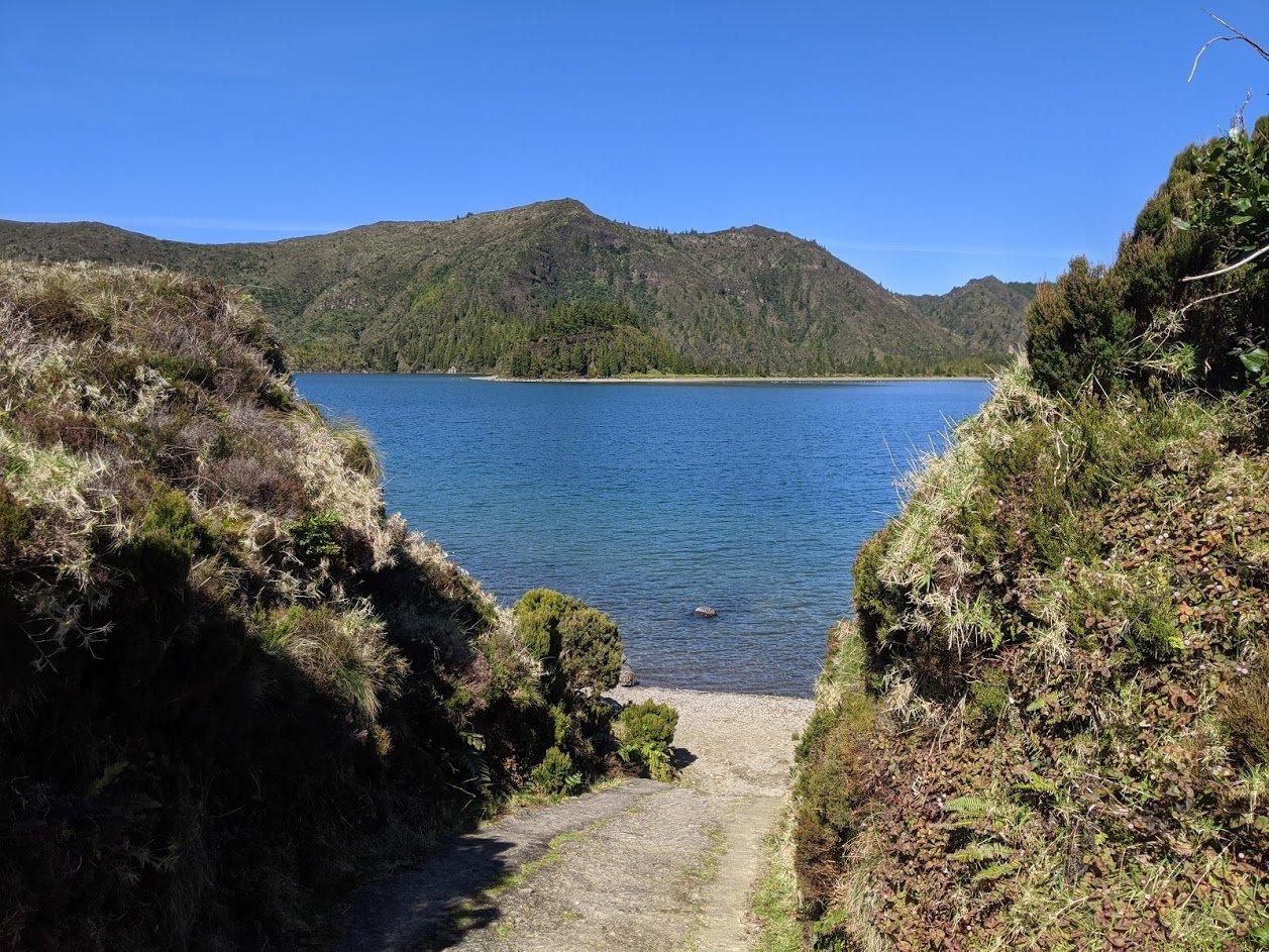Playground Earth | Lagoa do Fogo | Lunch Spot