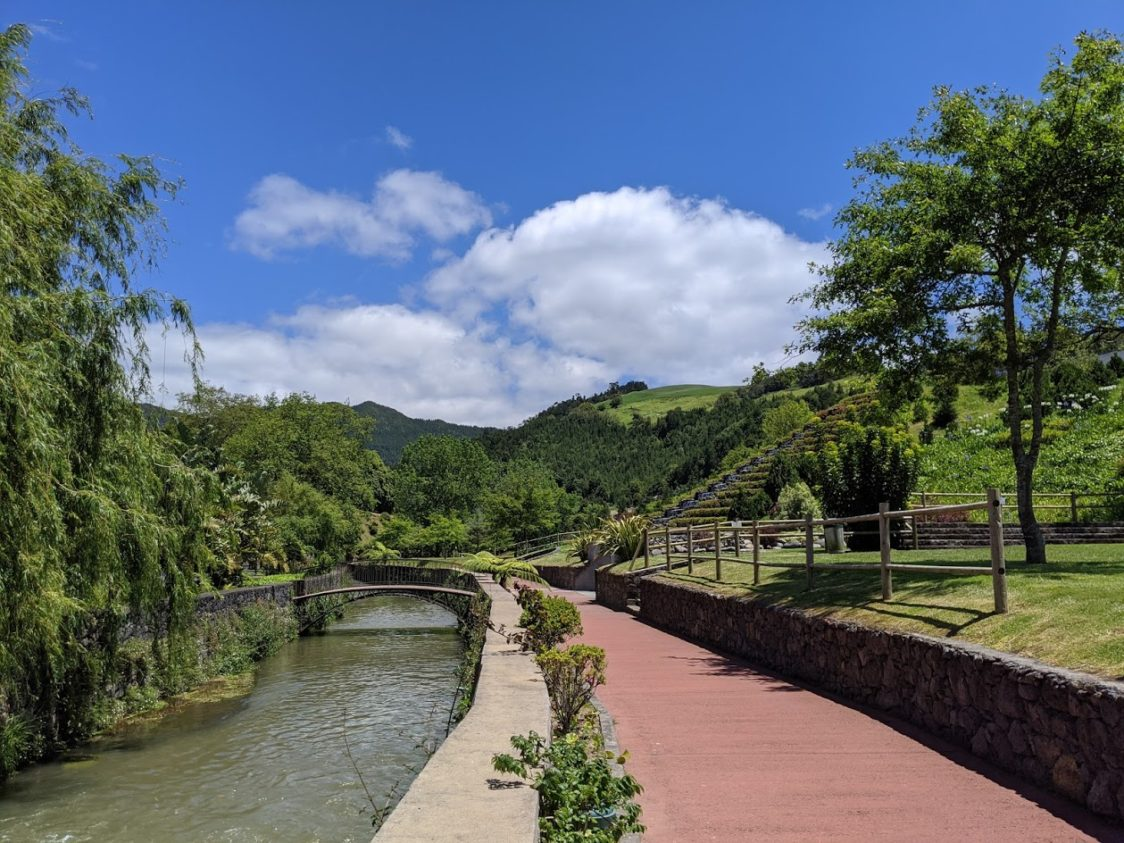 PGE l Furnas Canal