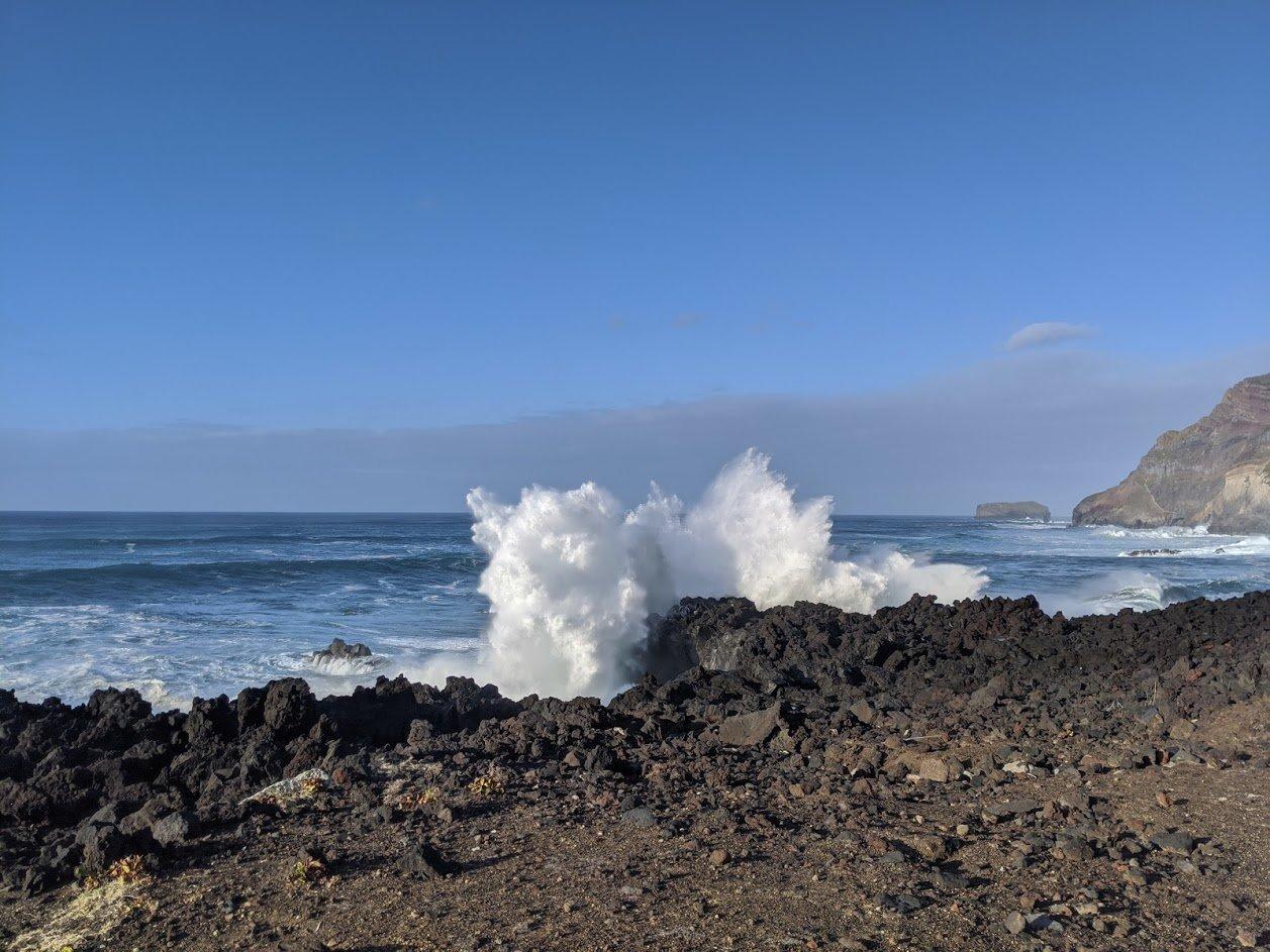PGE l Ponta da Ferraria l Wave meets rock