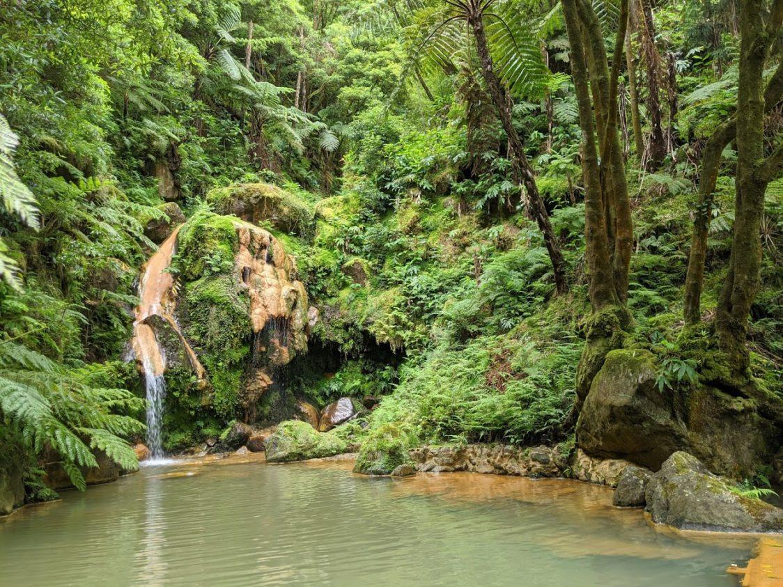 PGE l Caldeira Velha Hot Springs