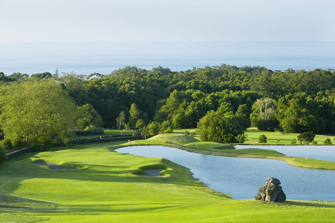 PGE l Batalha Golf Club l Hole #4 with ocean view